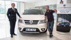 Survivor'ın Sevilen Yarışmacısı Doğukan Manço Fiat Freemont'unu Teslim Aldı