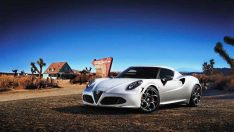 Alfa Romeo 4C Nürburgring'deki Test Pistinde Rekor Zamana İmza Attı!