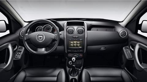 VERSION E2 PLUS - 4WD - SELLERIE CUIR - PLANCHE DE BORD AVEC MEDIA NAV ET PRISE 12 VOLTS
