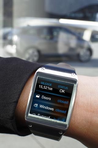 Galaxy Gear and BMW i3 (2)