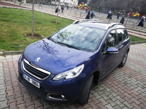 Peugeot 2008  test2