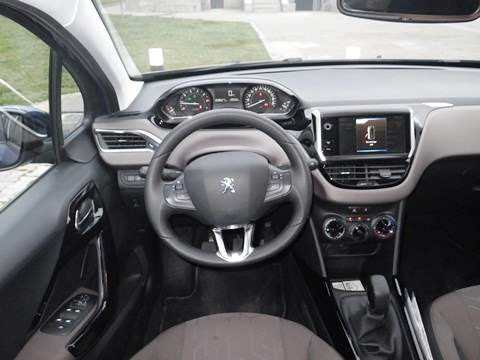 Peugeot 2008  test3
