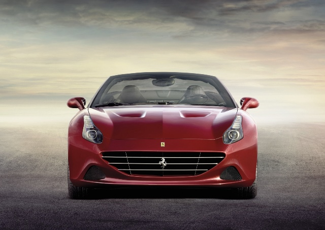 FERRARI CALIFORNIA T_2