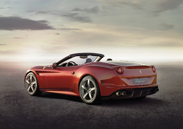 FERRARI CALIFORNIA T_3