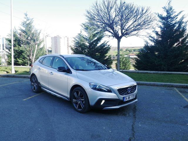 Volvo v40 test3