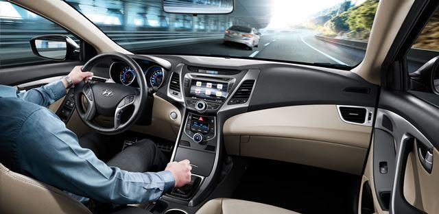 Hyundai Elantra-3