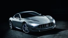 Maserati Alfieri Konsepti ile Cenevre'de göz kamaştırdı!