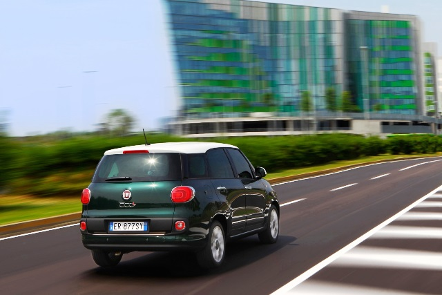 FIAT_500L_LIVING_3