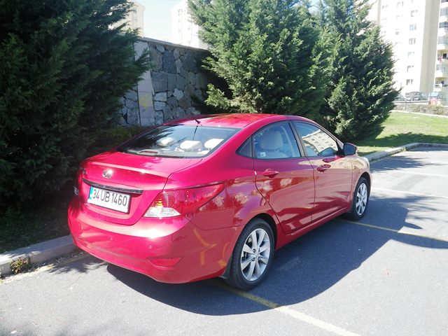 Hyundai aksent test4