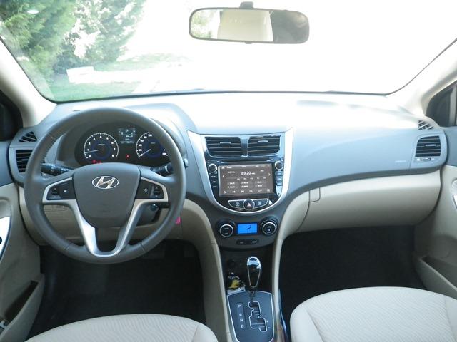Hyundai aksent test5