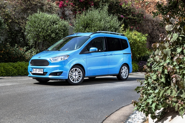 Ford Tourneo Courier3