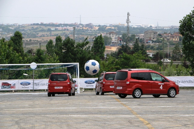 Ford Courierball4