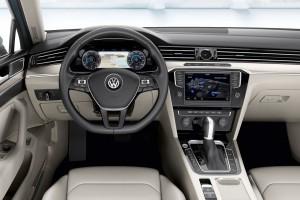 2015-VW-Passat-B8-13
