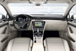 2015-VW-Passat-B8-14