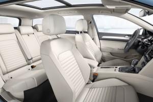 2015-VW-Passat-B8-16