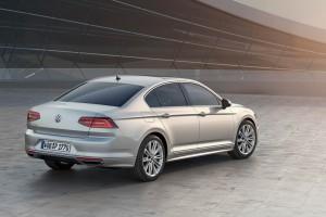 2015-VW-Passat-B8-20