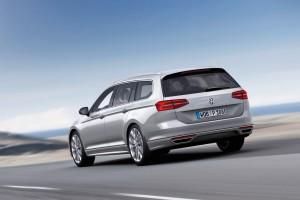 2015-VW-Passat-B8-41