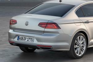 2015-VW-Passat-B8-43