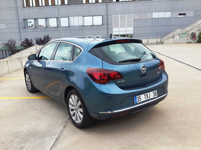 Opel Astra Test3