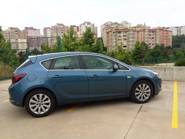 Opel Astra Test4