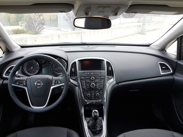 Opel Astra Test5