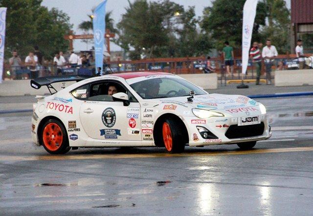 Toyota GT86 Guinness Drift3