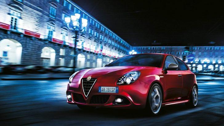 Alfa Romeo yeni modelleriyle Paris Otomobil Fuarı'nda sahne alıyor.