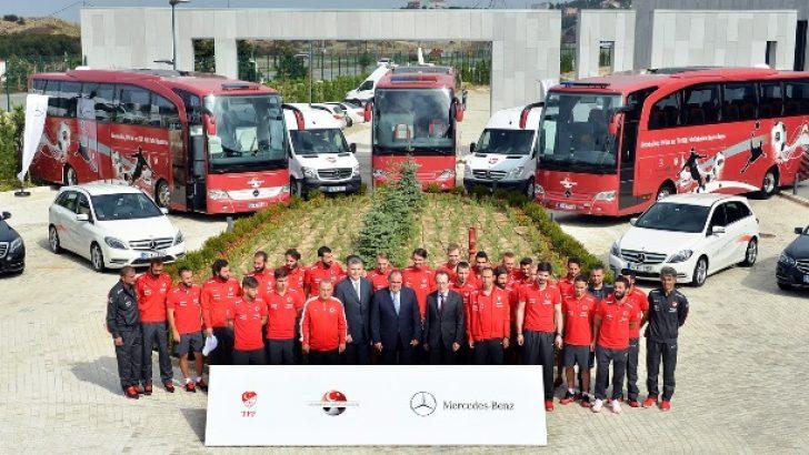 Mercedes-Benz Türk'ün TFF ve A Milli Futbol Takımı'na  verdiği kesintisiz destek 2018 sonuna kadar uzatıldı