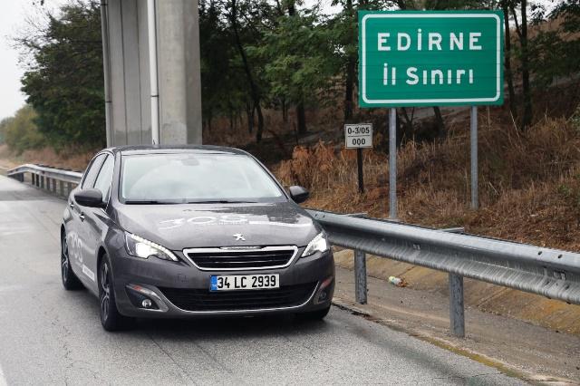 Peugeot_308_PureTech5