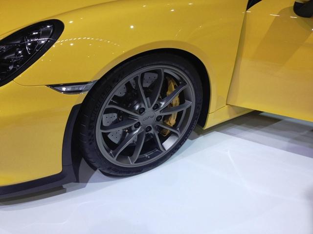 PorscheCayman_Michelin1