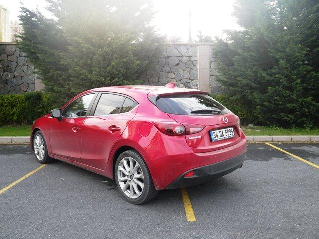 Mazda 3 test4