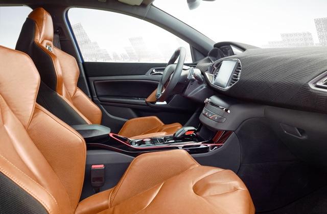 Peugeot_308 R Hybrid5