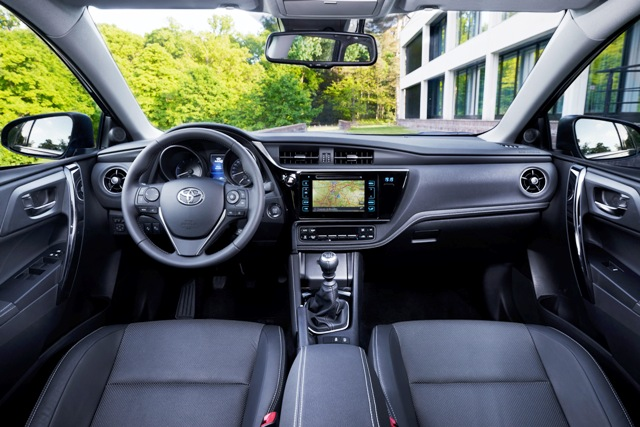 Toyota Yeni Auris5