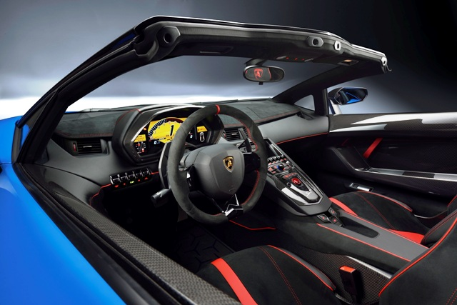 1-Lamborghini Aventador LP 750-4 Superveloce Roadster