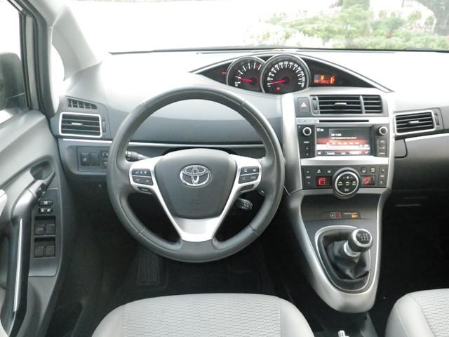 Toyota Verso Test5