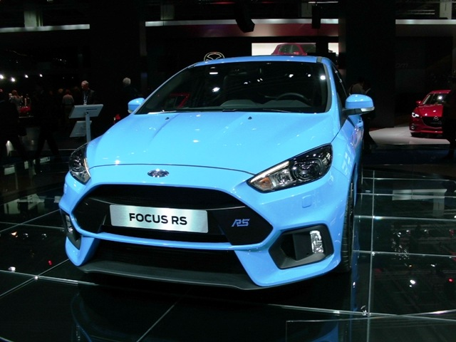 Ford_Frankfurtta_SUV_1