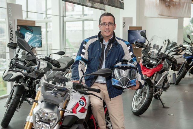BMW motosiklet 3