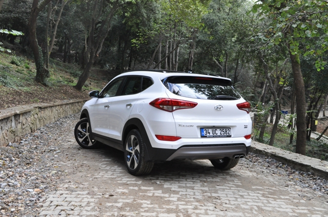 Hyundai Tuscon test14