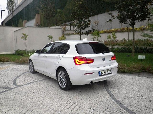 BMW 118i test1