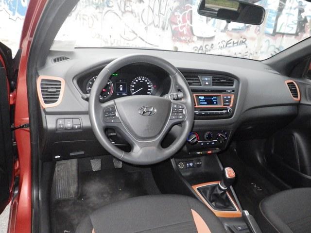 Hyundai i20 test1
