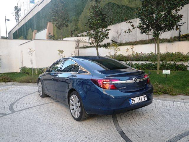 Opel insignia test1