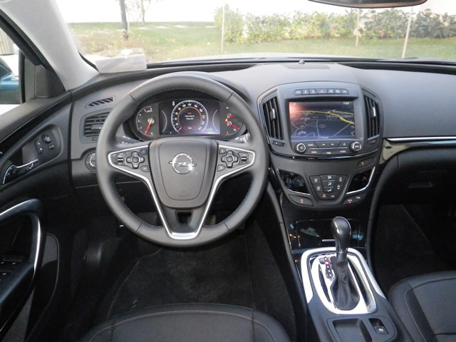 Opel insignia test3