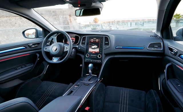 Renault Megane_HB10