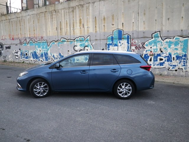 Toyota Auris test1