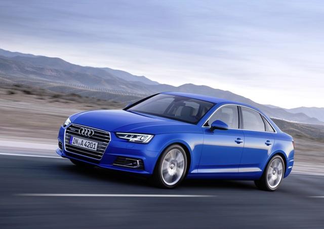 Audi_A4_Showroom2