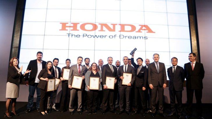 2015'te Türkiye'de itibarını en çok artıran otomotiv markası Honda oldu
