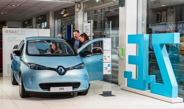 Renault_ZE4