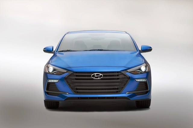 Hyundai Elantra Sport (4)