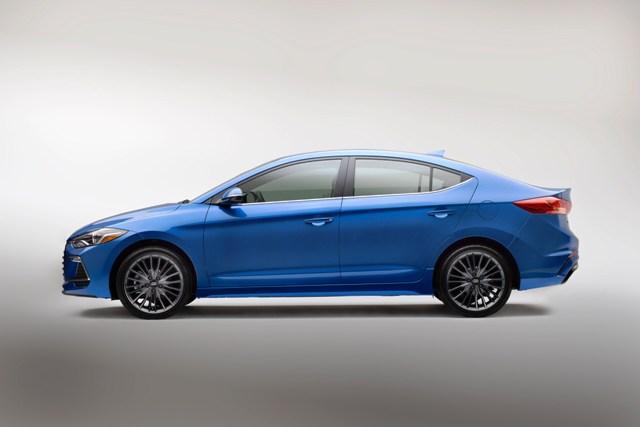 Hyundai Elantra Sport (5)