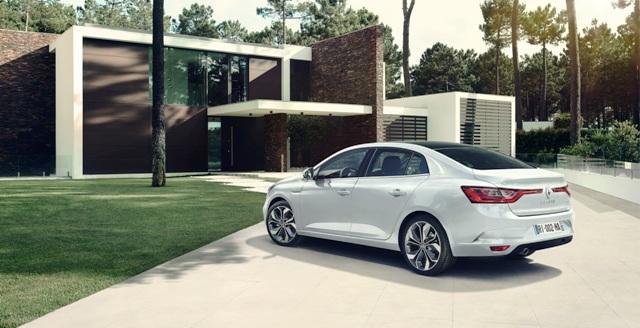 Renault _Megane_sedan_5
